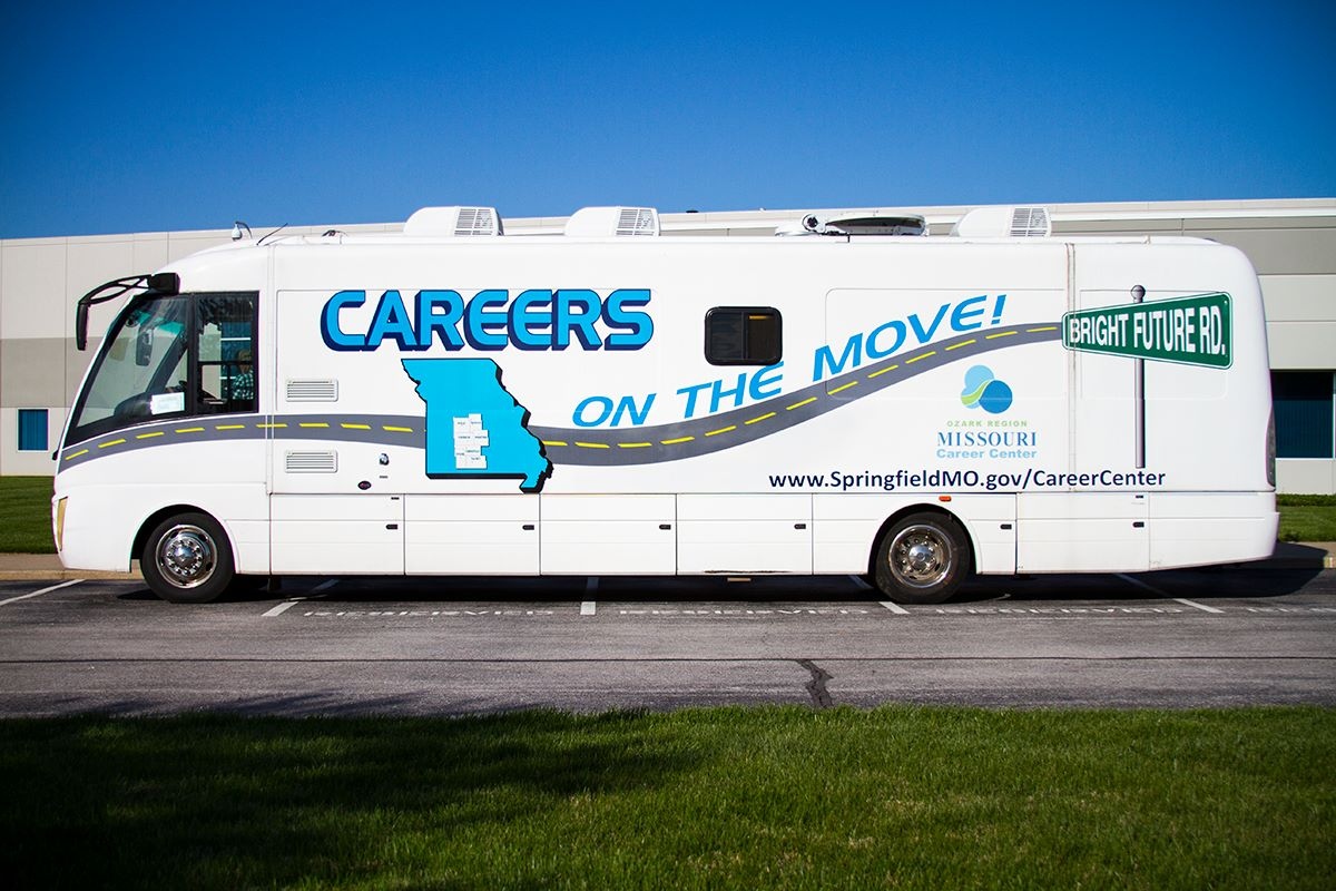 mobile career center springfield mo official website equipped internet access the mobile career center allows customers to access internet job search sites and complete weekly unemployment reporting